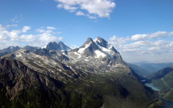 mountain-peak-wallpaper-HD.jpg