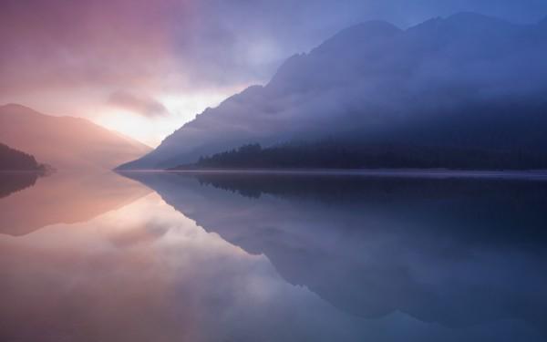 moutain-lion-retina-wallpaper-lake-2560x1600.jpg
